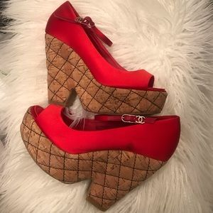 Red satin Chanel wedges
